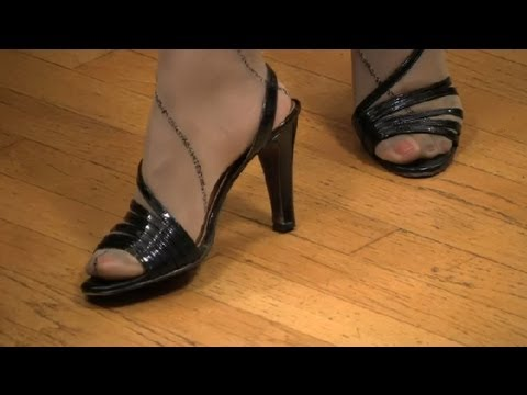 How to Wear Pantyhose With Strappy Sandals Dress Your Best