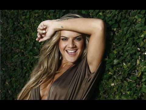 Mirella Santos Ensaio sensual para o Extra online
