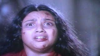 Karthavyam Movie || Uday Prakash Attack To Meena || Vijayashanthi,Vinod Kumar