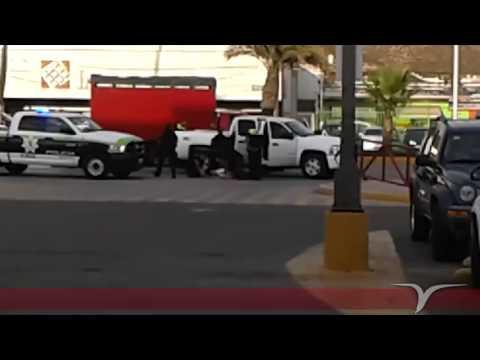 Policía de Ensenada en accion
