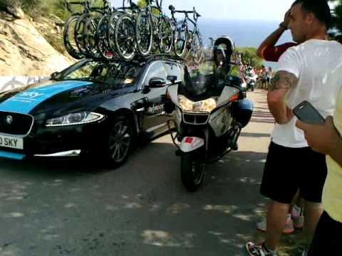 Paso de la Vuelta a España 2013 por el RatPenat (Castelldefels)