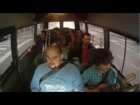 Car Sessions #9 Let's Get it On (cover by Alex Serra w/ Se Atormenta Una Vecina)