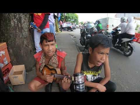 Xxx Mp4 Lagu Kreatif Dari Anak Anak Punk Pengamen Jalanan Kreatif Punk 3gp Sex