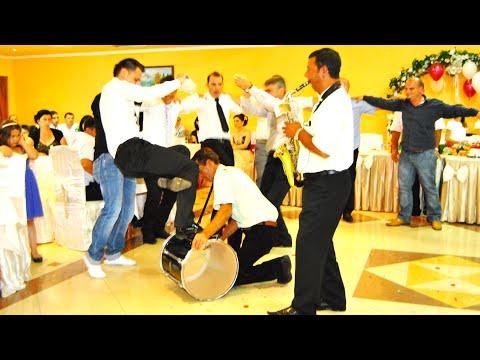 Faton Ç. nga Ladorishti Vallja e Gajdes 2011 HD