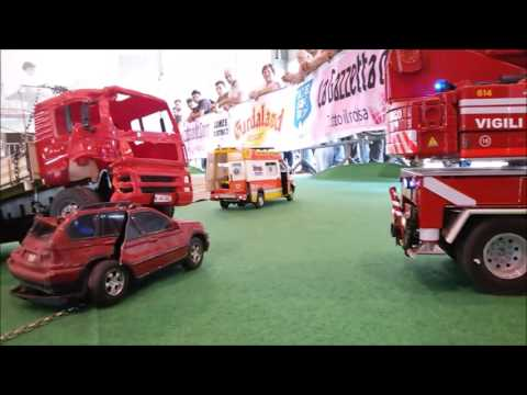 Model Expo Italy 2016 incidente stradale Joicar Progetti