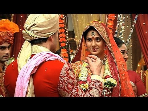 Xxx Mp4 Finally Kumud And Saras Got Married Saraswatichandra Full Episode 3gp Sex