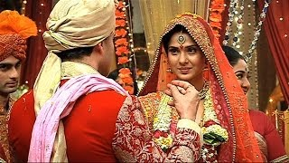 Finally Kumud And Saras Got Married - Saraswatichandra Full Episode