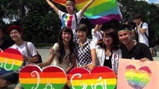 Vietnam: défilé à vélo pour la gay pride à Hanoï