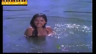 Rekha hot & wet scenes