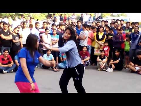 Bhangra dance by beautiful girl