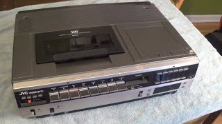 How to Replace Belts on an Old JVC Vidstar VCR