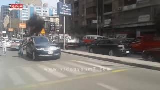 بالفيديو.. شاهد كيف يقابل محمد رمضان معجباته بالشارع