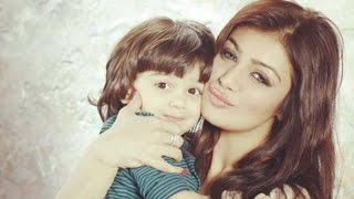 Ayesha Takia with her son