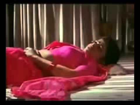 Hot Mallu Bhabi Reshma seducing Hot Mallu Chechi Mulakal