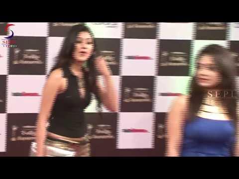 Television Actress Faces Wardrobe Malfunction at Indian Telly Awards