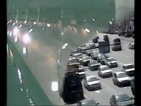 Impresionantes Accidentes de Transito Captado por Camaras de Seguridad. Parte 1
