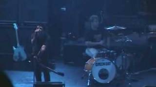 Green Day - Stage Destruction + Macy's Day Parade - Live 2001