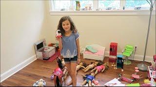 Hayley's Messy Doll Room! | elleoNyaH | OMMyGoshTV