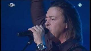 Tears for Fears - Shout (live)