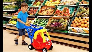 Supermarket Song * Kids  doing Grocery Shopping with Cozy Shopping Cart *Learn Fruits and Veg