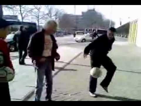 مهارات و خدع كرة الشوارع.flv