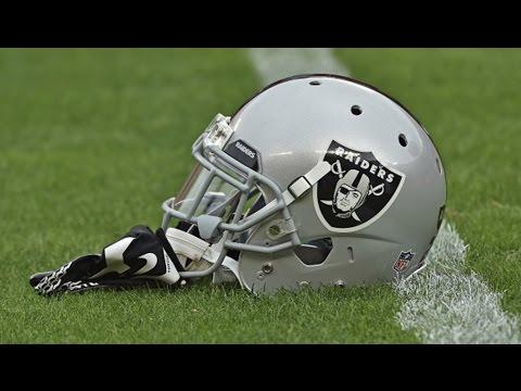 The 10 BEST NFL Logos