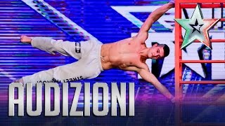 Gaggi sfida la gravità | Italia's Got Talent 2015