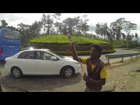 2013-09-06 - Schwertschlucker - xxx, Sri Lanka