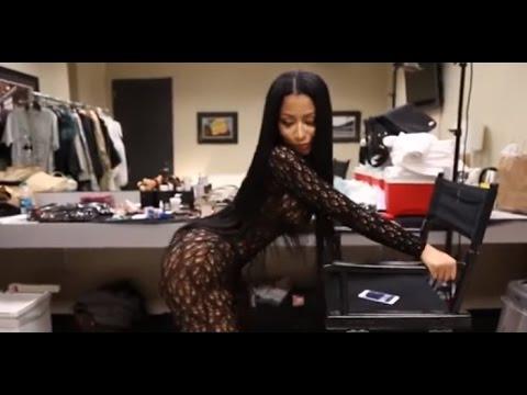 LISTEN CLOSELY! Nicki Minaj actually FARTS during TWERK