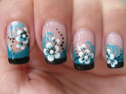 Nail art Double colored french tip with flower