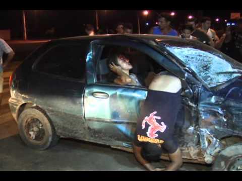 ACIDENTE GRAVE NA ANDRÉ MAGGI ENVOLVENDO 3 CARROS POSTAGEM 06 02 2012 .wmv