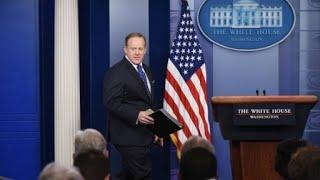 ترامب يعين مستشاره المالي مسؤولا بالبيت الأبيض والمتحدث الرسمي يستقيل