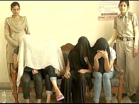 Xxx Mp4 Jaipur Police Bust Sex Racket 10 Arrested 3gp Sex