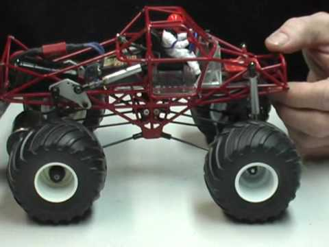 1 25 Scale Monster truck Part A BigFoot and Grave Digger