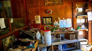 ABANDONED HOUSE - Left Everything (Uneasy Feeling while exploring)