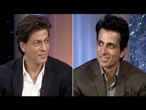 Who follows a stricter workout regimen - Sonu Sood or SRK?