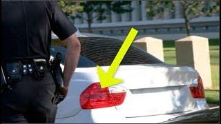 لماذا يلمس الشرطي عادةً الضوء الخلفي للسيارة أثناء توقيفها؟