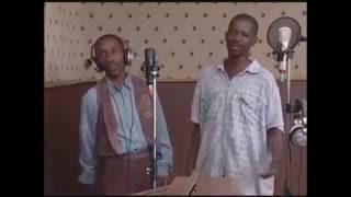 KICHEKESHO! SENGA na PEMBE Waingia Studio Kuimba Bongo Fleva