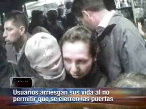 Transmilleno Estrés inseguridad y toda clase de atropellos. Bogota