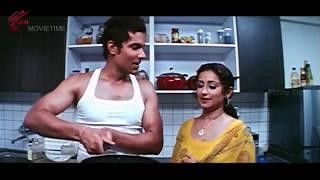 Randeep Hooda With Aunty Love Scene || Ayanaki Aaidhuguru Movie