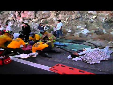 Accidente en la Rumorosa.wmv