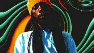 Sizzla ft Garnett Silk - Bless Me