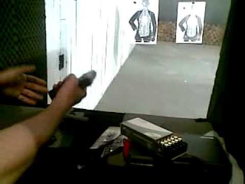 Atirando com glock 380