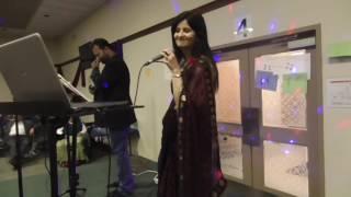 Dekha Ek Khwaab (Live Performance)
