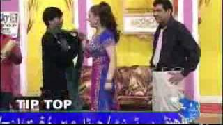 YouTube - Haseena Tip Top _Clip 10_16_ - Pakistani Punjabi Stage Show.flv