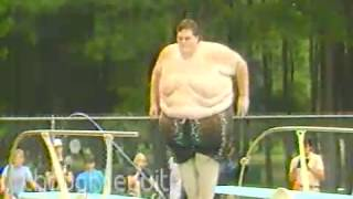 Very big pool splash - FUNNY