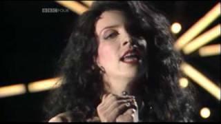 Love Is A Stranger - Eurythmics 1983 live Synth Britannia