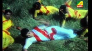 Tuptap Bristi Pore - Asha Bhoshle song -  Kal Purush [1994]