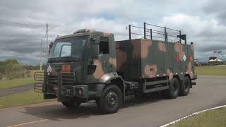 Desfile de Viaturas do Exército Brasileiro - Leopard, Gepard, M108-109, M113