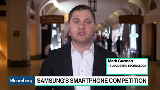 Samsung Revamps Flagship Phones to Take On Apple